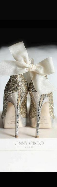 Adorable Sparkle Gold High Heels With Cute Bow