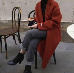 look Paris, Prada, Perlen, Parfm - Fashion - # - Look Fashion, 90s Fashion, Fasion, Korean Fashion, Trendy Fashion, Winter Fashion, Fashion Outfits, Fashion Trends, Fashion Coat