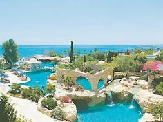 Le Meridien Limassol Spa & Resort, Limassol, Cyprus - a luxury and kid friendly resort. Located on the beach with 7 restaurants, 5 pools and lots to keep the family happy.