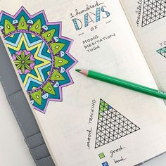Click through to learn how I set up a 100 days tracker in my bullet journal using triangle tracker stamps. #bulletjournal #bulletjournaling #bujo #bulletjournaltracker #habittracker #minihabittracker #goaltracker #bulletjournalideas