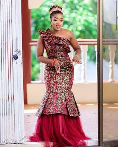 African fashion is available in a wide range of style and design. Whether it is men African fashion or women African fashion, you will notice. African Fashion Designers, African Inspired Fashion, Latest African Fashion Dresses, African Men Fashion, African Print Dresses, African Dresses For Women, Africa Fashion, Latest Fashion, Womens Fashion