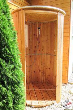 Gartendusche mit Warmwasser vom Gasdurchlauferhitzer / Outdoor shower with hot water from gas boiler