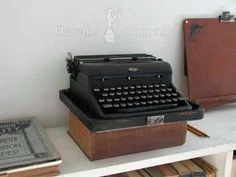 Actual typewriter of Ernest Hemingway Hemingway endorsed the Royal Deluxe and even appeared in ads for it.  The one on display in Havana is, near as I can tell, a Royal Arrow.  Royal went to plastic keys after 1950, so that is the latest date for this typewriter.
