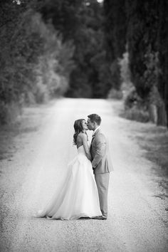 Intimate Tuscany Wedding in Dusty Pink