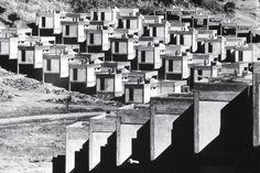 Summer Homes. Ar-tur Arkent under construction, Balıkesir (early 1970s). Architectural design: A. Çinici & B. Çinici & S. Kılıç Mimarlar. SALT Research, Altuğ and Behruz Çinici Archive