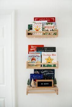 Christmas Books for Children // vacation reward information // youngsters items // childrens items // vacation books // eatsleepwear