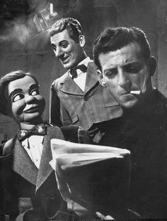 Paul Winchell with Jerry, 1952  http://puppet-master.com - THE VENTRILOQUIST ASSISTANT