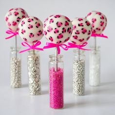 Torie Jayne's Pink Leopard Print Cake Pops are one more incarnation of the ever evolving cake pop phenomenon. Leopard Cake, Pink Leopard, Leopard Party, Leopard Spots, Leopard Prints, Cheetah Print, Cake Pops, Girly Cakes, Cute Cakes