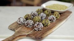 no - Finn noe godt å spise Christmas Treats, Sweet Recipes, Cereal, Almond, Sweet Treats, Sweets, Chocolate, Baking, Breakfast