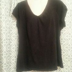 Sonoma V neck tee sz xl Sonoma V neck tee sz xl. Soft feel. All cotton w some stretch. Great  .  Layering piece Sonoma Tops Tees - Short Sleeve