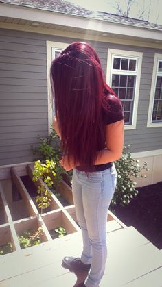 Deep Red Hair Color, Violet Hair Colors, Pretty Hair Color, Hair Color And Cut, Hair Dye Colors, Color Red, Red Hair Loreal, Pelo Color Vino, Wine Hair