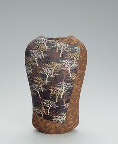 Ceramist Moriyoshi Saeki  (Japanese: 1949) - Zogan technique: Carved into the surface of the pottery