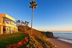 Beach house on the Malibu bluffs