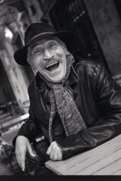 İyi ki doğdun, sana sözümü tutacağım. Her daim kalptesin. #TuncelKurtiz Joker 3d Wallpaper, Wallpaper Schwarz, Turkish People, The Godfather, Good Old, Movie Stars, Actors & Actresses, Cinema, Black And White