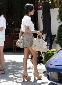 kourtney kardashian style | Kourtney-Kardashian-Fashion-Style-400349 | Heaven On Earth