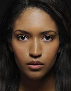 The Cape-Verdians are a people, the main population of Cape Verde - the descendants of slaves, mixed with Portuguese settlers in the XVI-XIX centuries (more than 60% - Métis). The total number is about 310 000 people.