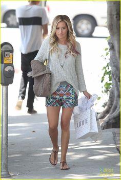 Ashley Tisdale Shops 'Unite' | ashley tisdale unite shopper 01 - Photo Gallery | Just Jared Jr.