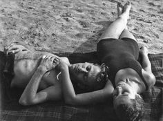 Hungarian poet Miklós Radnóti and his wife Fanni Gyarmati Vintage Romance, Beautiful Couple, Old Photos, Photography Poses, Pure Products, Black And White, Writers, Literature, Type 1