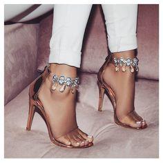 34 Beste E G O images on on on Pinterest   High heels, scarpe stivali and Heels 04ea45