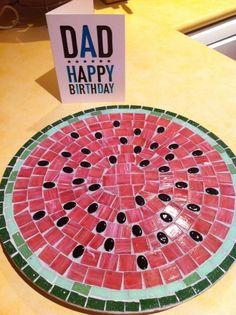 Mosaic Watermelon Lazy Susan -- great idea for summer! Tile Art, Mosaic Art, Mosaic Glass, Mosaic Tiles, Glass Art, Stained Glass, Mosaic Crafts, Mosaic Projects, Mosaic Designs