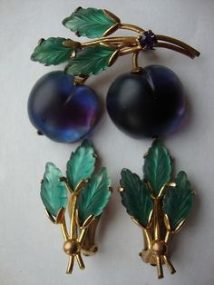 Vintage Austria Frosted Fruit Purple Blue Plum Brooch And Earring Set