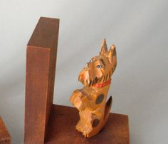 2 lovely Vintage midcentury modern wooden hand carved dog bookends wood set terrier dachshund Danish Modern 70s or 60s book ends puppy brown by LeKosmosBerlin