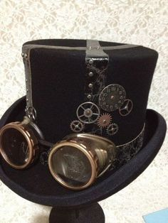 Tom's top hat. Embelish with ebay goggles and cogs, leather scraps.
