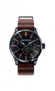 Colección Aviator look - HC3014-94. Reloj de caballero multifunción. Esfera y correa color marrón e índices naranjas. Impermeable 30 metros (3 ATM). PVP: 59€