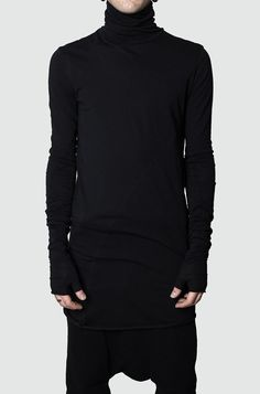 Men's black glovedcotton jerseysweater from the AW17/18collection fromArmy Of Me. Narrowfit with elongated, gloved sleeves. Made from a light to medium weight cotton jersey. Made in Turkey. The model is 176cm / 62kg and wears size S. Material composition:100%cotton Article code:171221