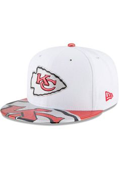 KC Chiefs New Era Mens White 2017 Official On-Stage 59FIFTY Fitted Hat Nfl  Kansas 54f22ae1a