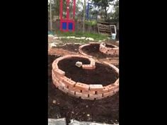 Spiral garden skillshare at Emile farms ward - includes idea of key hole garden from Africa. Key Hole Garden, Spiral Garden, Herb Garden, Farms, Effort, Garden Ideas, Africa, Gardening, Outdoor Decor