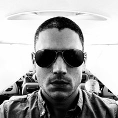 Wentworth Miller opens up about dealing with depression after an Internet meme surfaces. The body shaming image, created by LAD Bible, has since been taken d. Sara Tancredi, Lincoln Burrows, Wentworth Miller Prison Break, Michael And Sara, Legends Of Tommorow, Leonard Snart, Sarah Wayne Callies, Michael Scofield, Actor