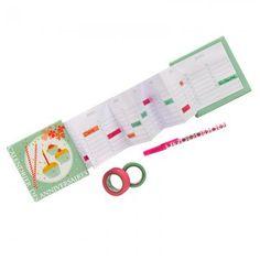 un calendrier en forme 'accordéon pour noter les dates des anniversaires, illustré de cup cakes et de confettis dans les rose et vert