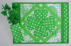 (7) Name: 'Quilting : Lucky Shamrocks Table Runner & Placemats