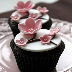 Pretty and simple cherry blossom cupcake.