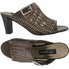 Reed Sandal  available at #Brighton These shoes have become my favorite 8 hour work shoes. Yesterday I wore them for 14 hours and my feet were great all day!