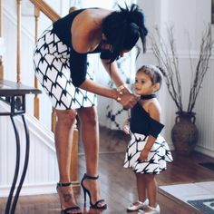 Mommy and me outfit, matching skirts for fall outfit , mom and baby thanksgiving outfit ,mother daughter skirt, black and white baby skirts Mother Daughter Fashion, Mother Daughter Matching Outfits, Mommy And Me Outfits, Family Outfits, Kids Outfits, Baby Girl Fashion, Kids Fashion, Ootd Fashion, Elegantes Outfit Frau