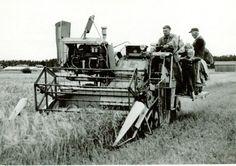 Den första Claas tröskan såg ut såhär, på bild från ca 1966.
