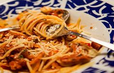 Delicious and easy to make Portuguese style spaghetti with chourico sausage.