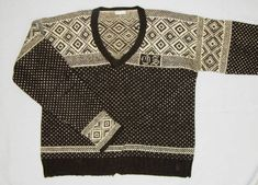 By Laurann Gilbertson The sweaters of today have evolved from what was once men's underwear. Knit garments were originally night shirts, worn when sleeping or beneath outer layers of clothing durin… Fair Isle Pattern, Pattern Design, Knit Crochet, Underwear, Men Sweater, Textiles, Knitting, Sweaters, Shirts