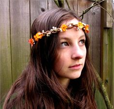 Been wanting a flower headband and here are some of my favourites! This by BloomDesign Studio