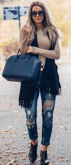 Skopljak Blue Givenchy Bag Fall Inspo #Fashionistas