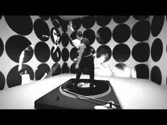 """Leomeo Feat Diva Avari """"Give Me Love"""" KULT Records - Video"""