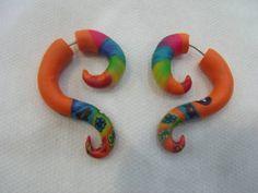 Falso Alargador Colorido Material: Cerâmica Plástica R$ 30,00  www.elo7.com.br/dixiearte