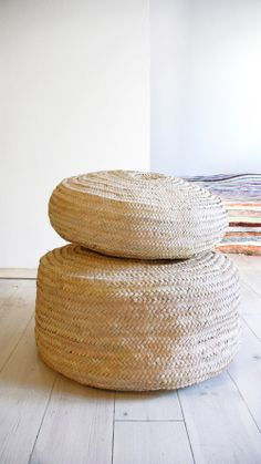 Image of Braided Palm Leaf Pouf ///  Ø 60