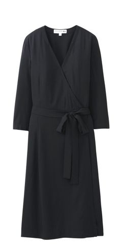 52f846d33c0f1 Dress from Ines de la Fressanges collection for Uniqlo. On sale on March  13th in