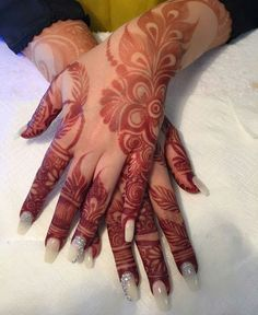 Are you looking for some fascinating design for mehndi? Or need a tutorial to become a perfect mehndi artist? Henna Hand Designs, Mehndi Designs Finger, Floral Henna Designs, Mehndi Designs Book, Arabic Henna Designs, Mehndi Designs For Girls, Modern Mehndi Designs, Wedding Mehndi Designs, Mehndi Patterns