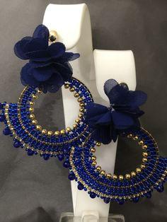 Seed Bead Earrings, Beaded Earrings, Earrings Handmade, Beaded Jewelry Designs, Imitation Jewelry, Embroidery Jewelry, Bead Weaving, Jewelry Crafts, Antique Jewelry