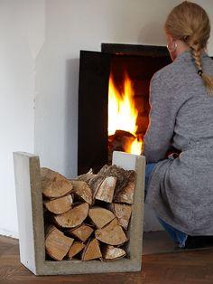 Sanna & Sania: Nice to wood Concrete Crafts, Concrete Wood, Concrete Projects, Concrete Design, Diy Projects, Wood Fireplace, Fireplace Remodel, Firewood Holder, Beton Design
