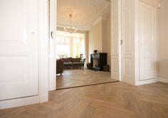 eikenhouten parket | visgraatpatroon | Collezione Originale Ostia | Di Legno | vergrijsd en verouderd | formaat 14 x 70 cm | exclusieve vloeren